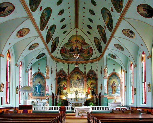 596px-St_Ignatius_Mission_Interior_St_Ignatius_Montana_2002-05